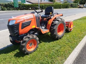 tracteur B1121
